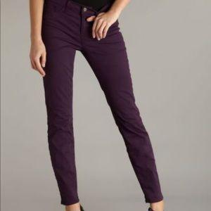 Denim - J Brand skinny leg jeans